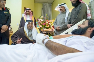 فيديو.. نائب أمير الرياض يكافئ الرائد الوادعي وأبطال المهمة الأمنية في وادي الدواسر - المواطن