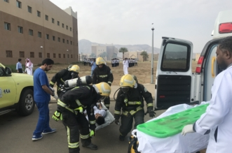 صور.. فرضية إخلاء 75 شخصًا وإصابة 5 من منسوبي تقنية محايل - المواطن