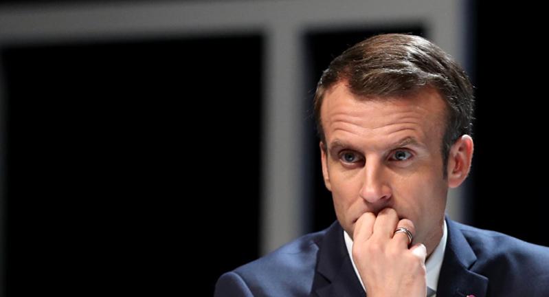 خطوة وحيدة تفصل #فرنسا عن الإطاحة بـ #ماكرون من الرئاسة