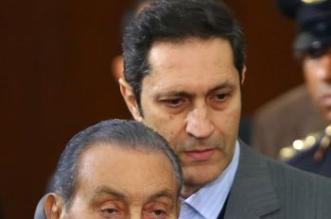 فيديو وصور.. لأول مرة مبارك ومرسي وجهًا لوجه بقضية اقتحام السجون - المواطن