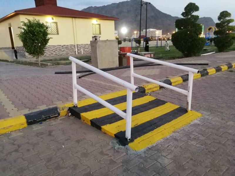 صور.. ممرات جديدة لذوي الاحتياجات الخاصة في محايل - المواطن