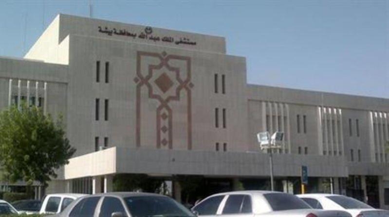 بسبب التلاعب.. الأب المكلوم يطالب بإعادة فتح قضية وفاة ابنه بمستشفى الملك عبدالله