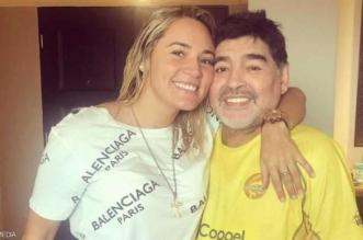 انقلاب يطيح بـ #مارادونا من منزله بعد فضيحة عاطفية - المواطن