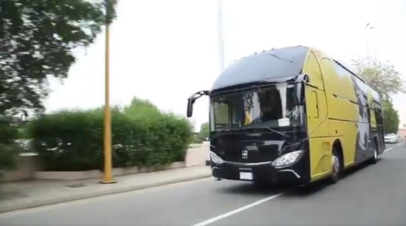 صور وفيديو .. #الاتحاد يكشف الـ Bus الجديد - المواطن