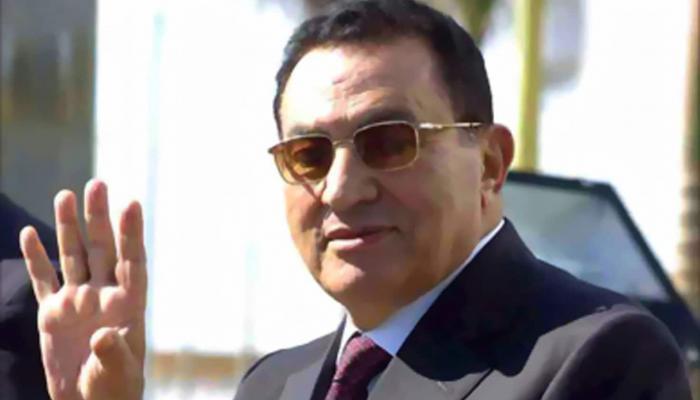لهذا السبب.. مبارك يغيب عن جلسة محاكمة مرسي للإدلاء بشهادته