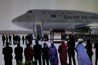 ولي العهد يصل نواكشوط والرئيس الموريتاني في مقدمة مستقبليه - المواطن