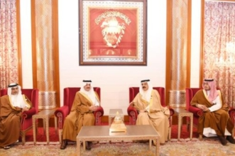 أمير الشرقية ينقل تعازي القيادة لملك البحرين في وفاة الشيخة نورة - المواطن