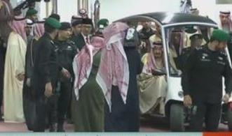 بث مباشر.. الملك سلمان يرعى الحفل الخطابي والفني لـ مهرجان الجنادرية - المواطن