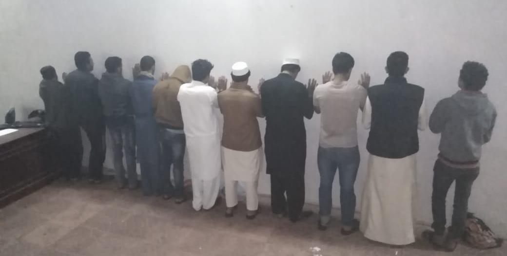 35 مخالفة مرورية وضبط مخالفين لنظام العمل في خميس مشيط