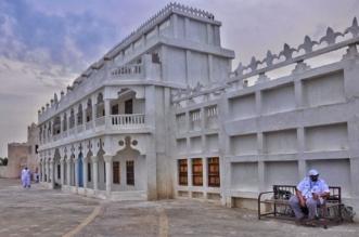 صور قصر الإمارة الأول بالشرقية.. عمره 65 عامًا بارتفاع 5 طوابق تتخذ شكلاً هرمياً - المواطن