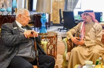 العواد يبحث تعزيز التعاون مع مسؤولي الإعلام في 4 دول عربية - المواطن
