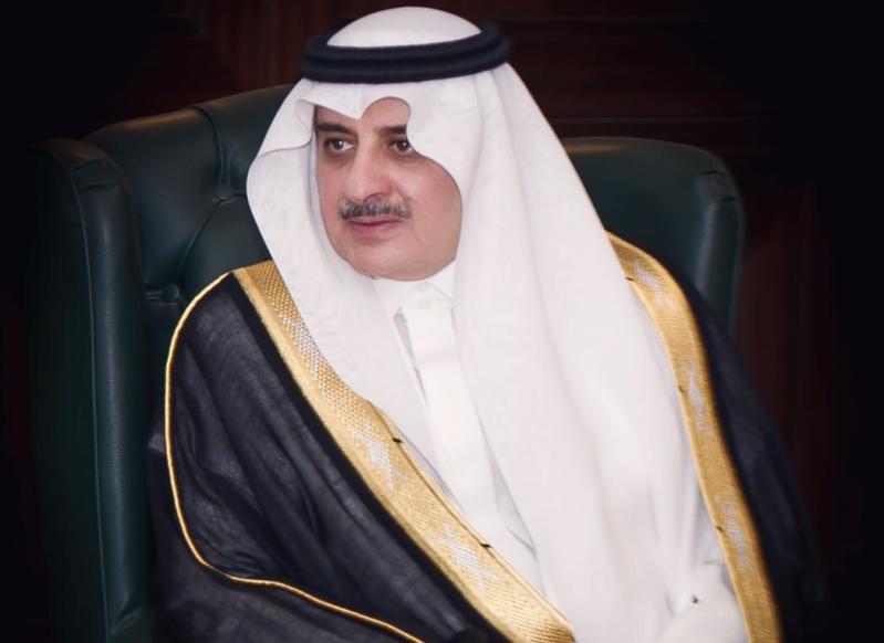 أمير تبوك يواسي الشيخ غالب النابت في وفاة شقيقه