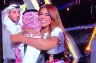 لقطة مستهجنة للفنانة وعد على قناة sbc السعودية !! - المواطن