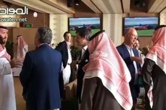 فيديو.. الأمير محمد بن سلمان في نقاشات مع ضيوف #سباق_فورملا_اي_الدرعية - المواطن