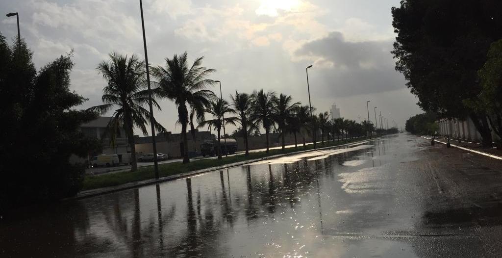كشف توقعاته للطقس.. الحصيني لأهالي #جازان : ابتعدوا عن الأودية