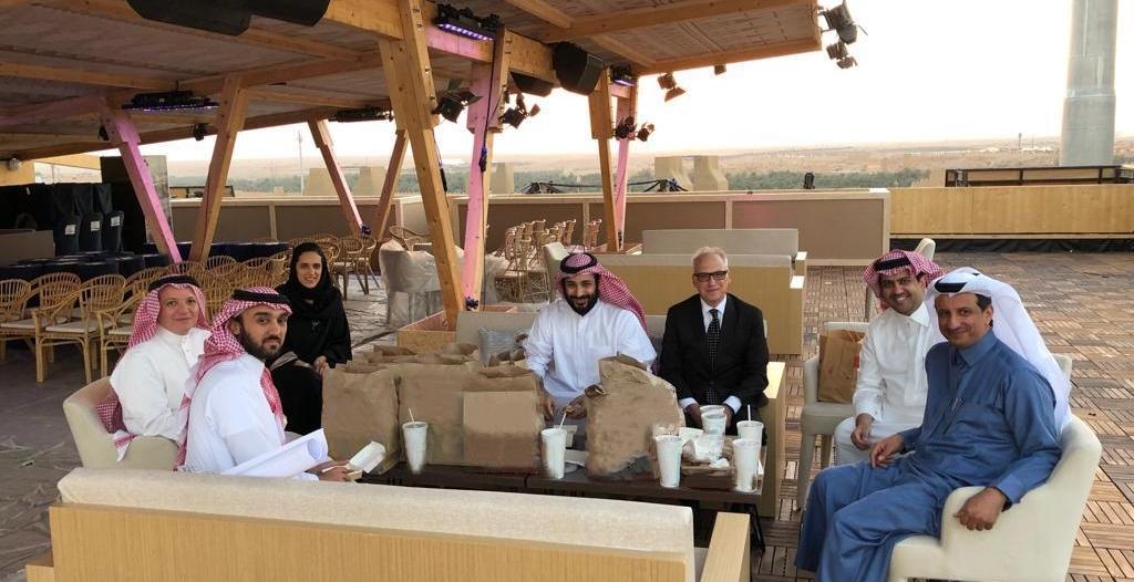 في 3 أيام.. تحركات مكوكية تبدأ بالقمة الخليجية وتنتهي بـ #محمد_بن_سلمان_في_الفورميلا