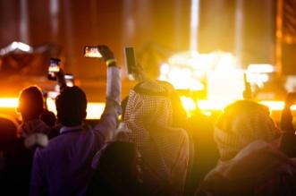 إنريكي إجليسياس وجيسون ديرولو يخطفان قلب جمهور #فعاليات_فورملا_الدرعيه - المواطن