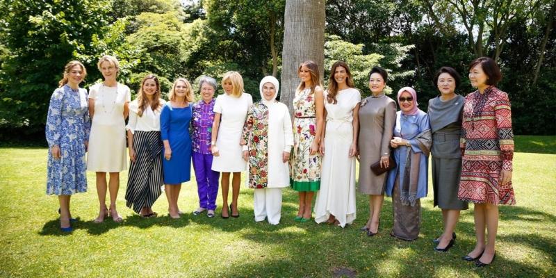 فيديو وصور.. لقاء يجمع زوجات القادة على هامش قمة العشرين - المواطن