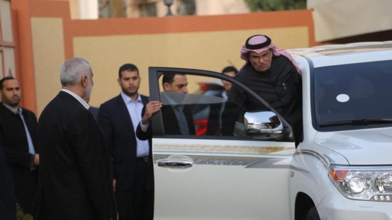 حماس ترفض المال القطري ومصادر تكشف السبب