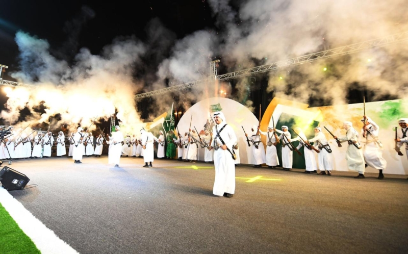 أمسيات ثقافية ضمن فعاليات مهرجان صدر الكرامة تلهب ليل تهامة عسير - المواطن