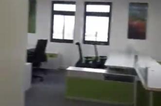فيديو.. صحة الشرقية تطور بيئة عملها بإزالة جدران مكاتبها المغلقة - المواطن