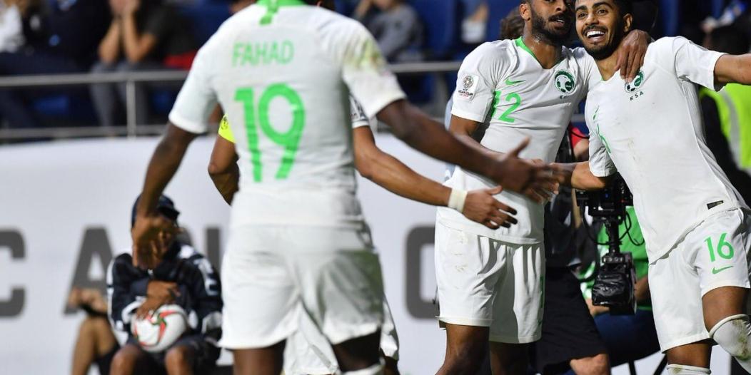 عقوبتان تُهدد الأخضر من اتحاد القدم الآسيوي .. ورأي قانوني يُجيب