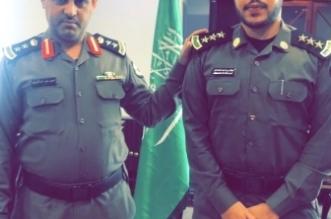مدير شرطة حقل يقلد النقيب المحمادي رتبته الجديدة - المواطن