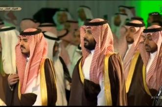 فيديو.. لحظة السلام الملكي خلال تدشين ميناء الملك عبدالله بحضور الأمير محمد بن سلمان - المواطن