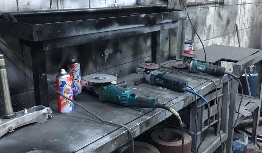 ضبط منزل بداخله معمل لإعادة تصنيع جنوط السيارات في جدة
