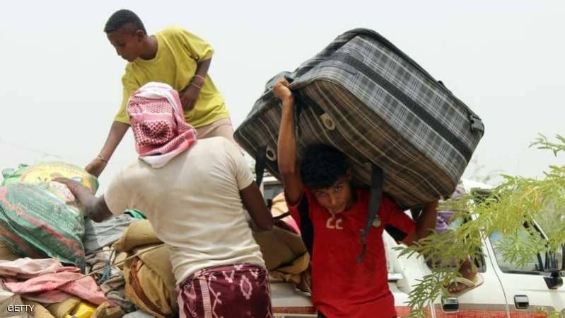 نيران الانقلابيين تجبر أهالي حجة على مغادرة منازلهم