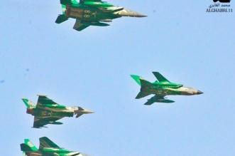 الصقور السعودية تستعرض في سماء محايل.. ولقطات توثق عرضًا لن يُنسى - المواطن