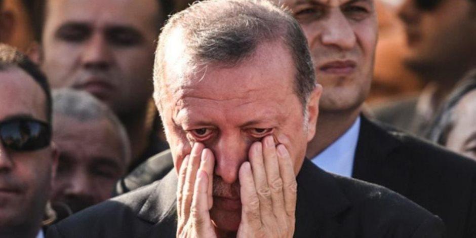 فيتش تخفض تصنيف تركيا .. ماذا يعني؟