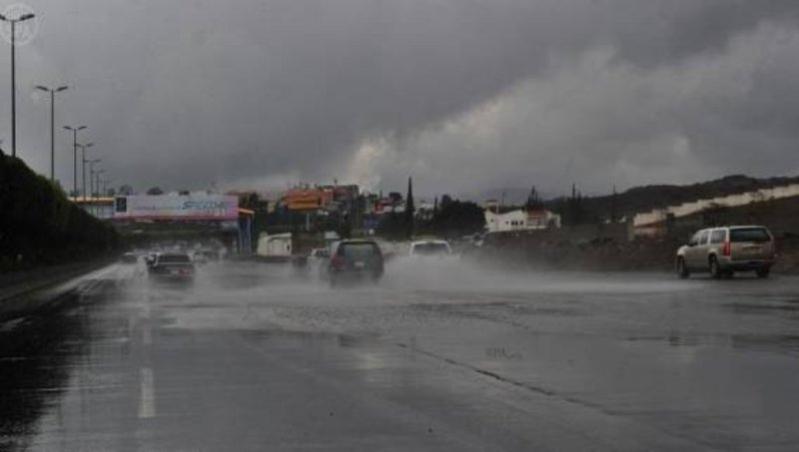 أمطار رعدية على 11 منطقة اليوم