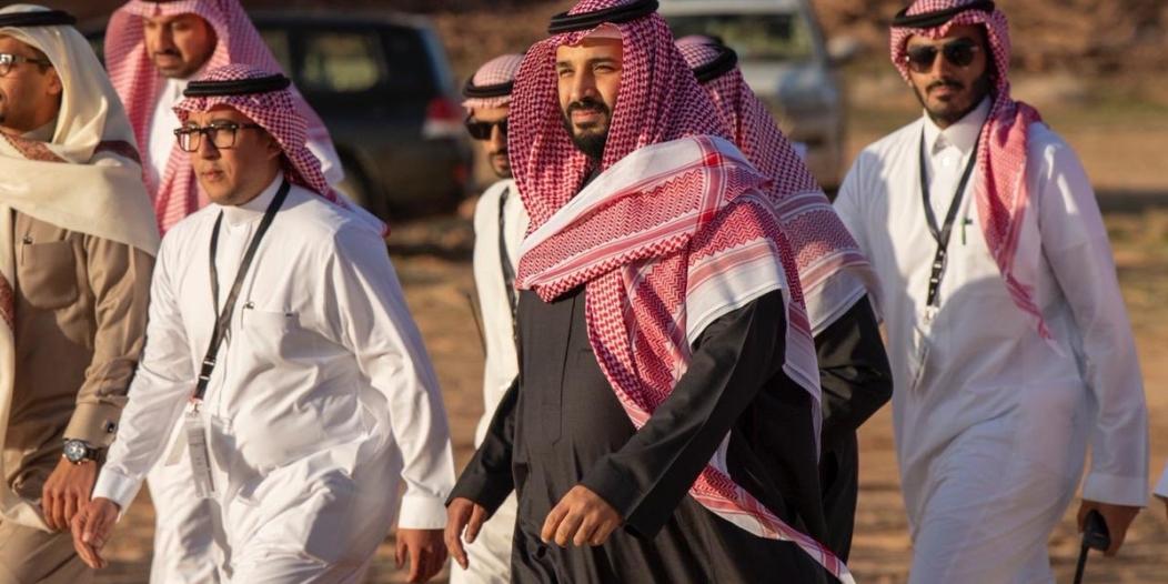 فيديو.. نحو مكة وما قبلها العلا ورابغ.. محمد بن سلمان يطوي المسافات لتحقيق الطموحات
