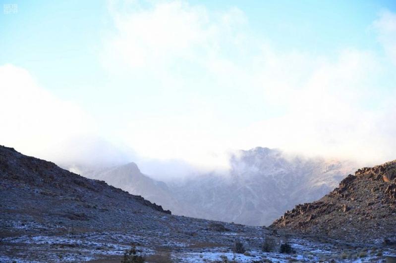 جبل اللوز على موعد مع الثلوج الخميس صحيفة المواطن الإلكترونية