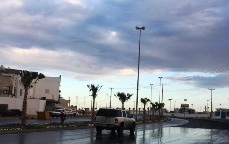 أمطار رعدية وغبار يحجب الرؤية في الباحة - المواطن