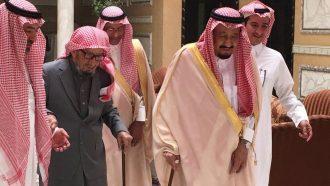 الشيخ ناصر الشثري .. كرس حياته لتحقيق تطلعات ولاة الأمر فحاز لقب مستشار الملوك