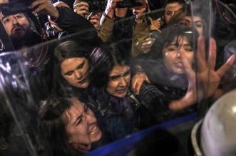 غاز وعنف.. الشرطة التركية تحتفل بـ اليوم العالمي للمرأة على طريقتها الخاصة! - المواطن
