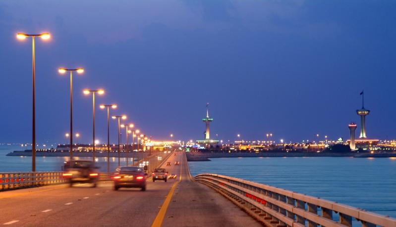 جسر الملك فهد يعتمد خدمات الدفع الآلي