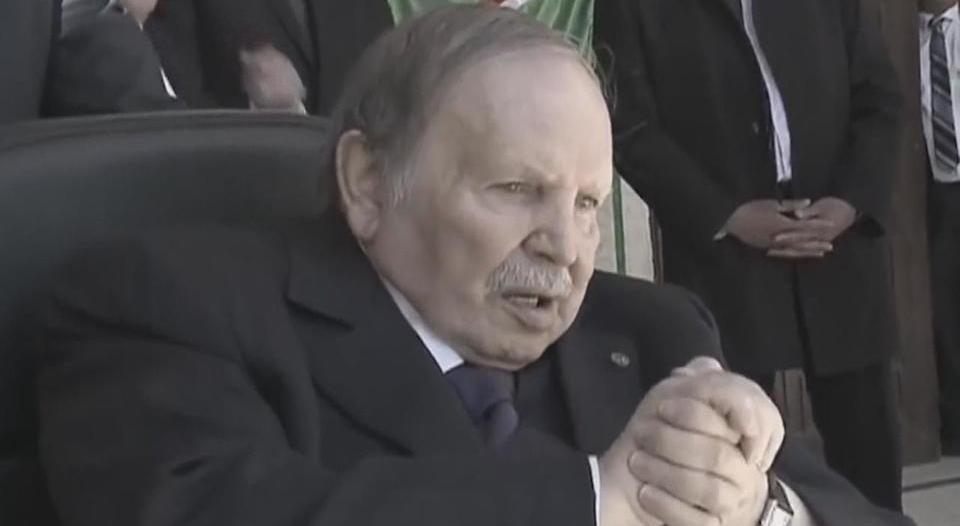 بوتفليقة .. من نضال الثورة حتى الاستقالة الإجبارية