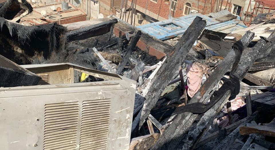 صور.. وفاة ثلاثة أطفال في حريق منزل شعبي بمكة