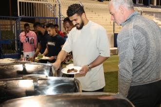 زوران يقيم مأدبة عشاء للاعبي الهلال - المواطن