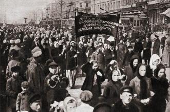 قصة الورد والخبز في اليوم العالمي للمرأة - المواطن