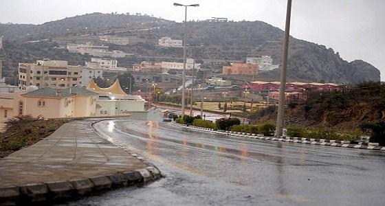 أمطار رعدية على الباحة حتى التاسعة
