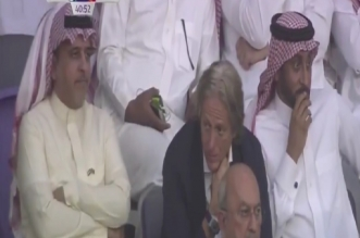 فيديو.. الجابر وجيسوس يُتابعان مباراة الهلال ضد النجم الساحلي - المواطن