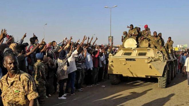 إطلاق النار قرب قيادة الجيش السوداني