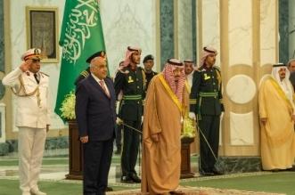 الملك سلمان يستقبل رئيس وزراء العراق 15 800x632 1