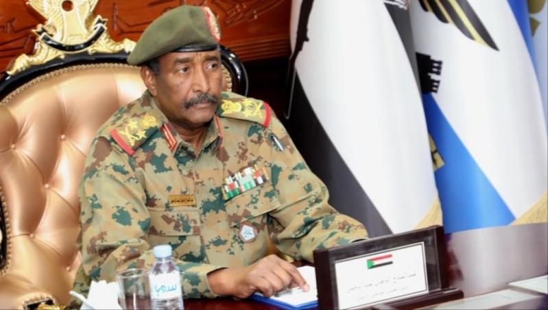 المجلس العسكري بالسودان يقيل الأمين العام للقصر الجمهوري