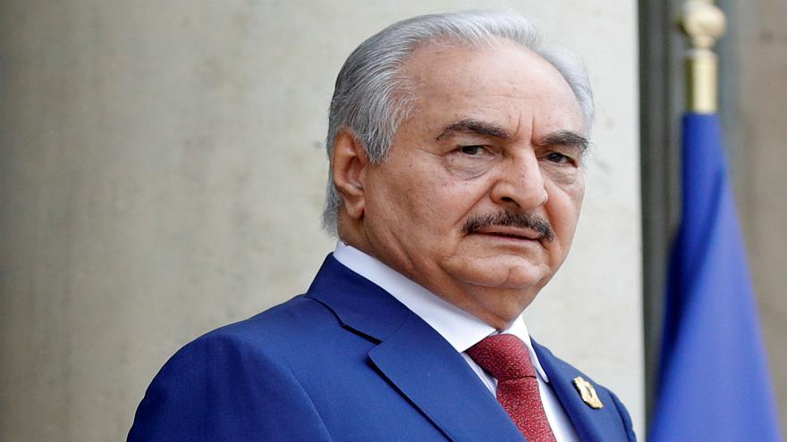 حفتر في مصر لبحث تطورات الأزمة الليبية