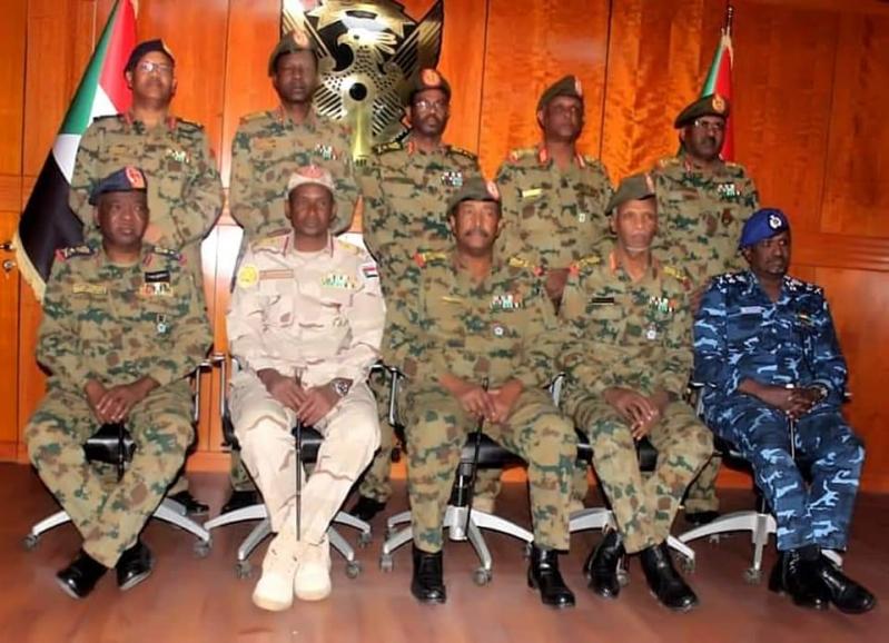 ابن عوف يوجه رسالة إلى المجلس العسكري في السودان